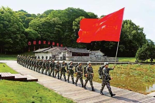 毫不動搖堅持黨對人民軍隊的絕對領導