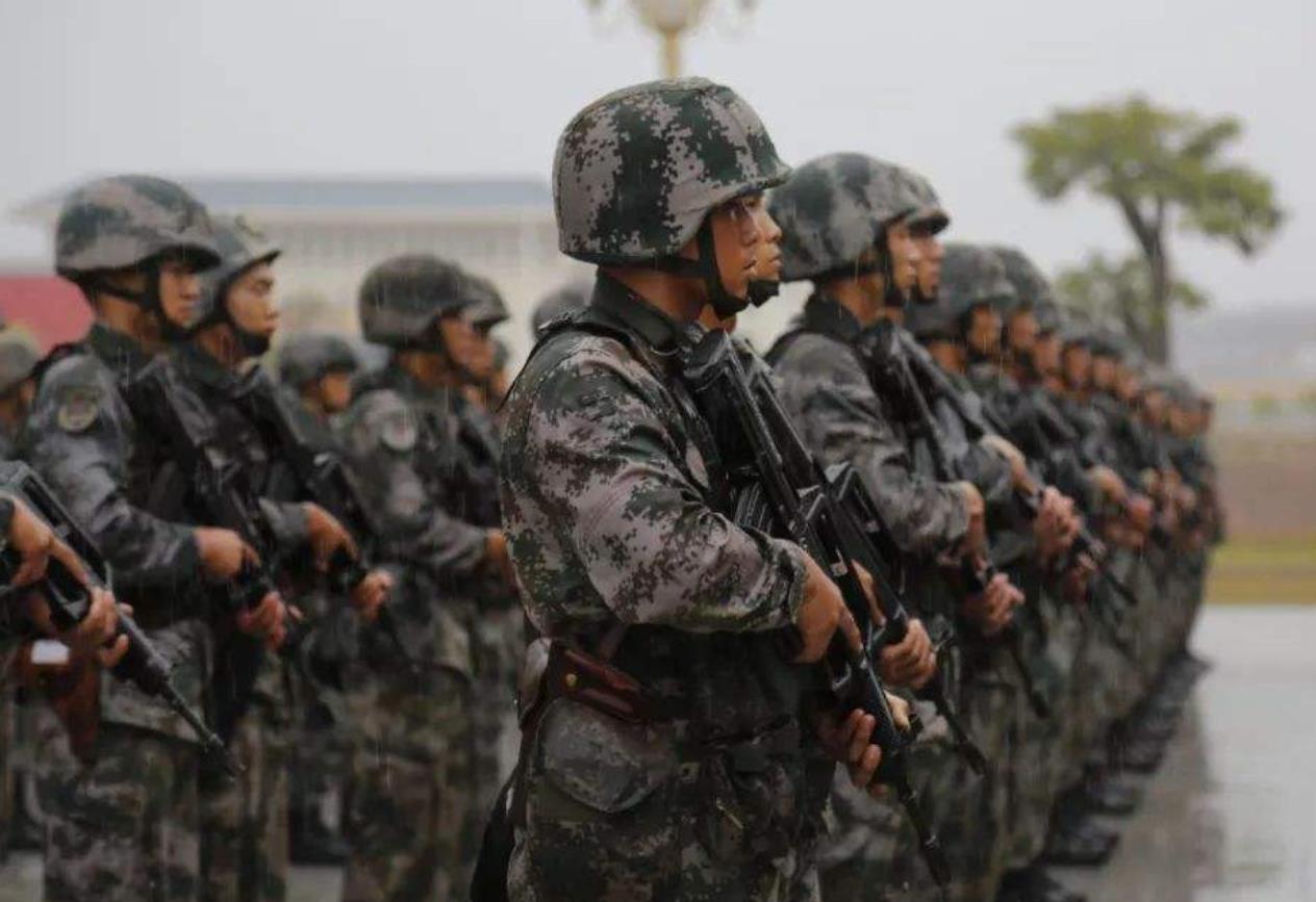 第74集團軍某旅從難從嚴抓首長機關訓練