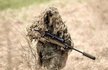 讓子彈飛3秒!英狙擊手2.4公裏外擊斃恐怖分子