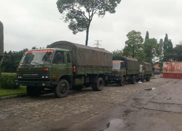 西部戰區組織第二批醫療隊緊急趕赴茂縣救援