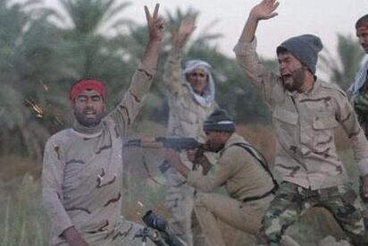 """伊拉克政府軍對""""伊斯蘭國""""發起新攻勢"""