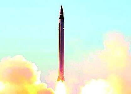 伊朗成功試射新型彈道導彈