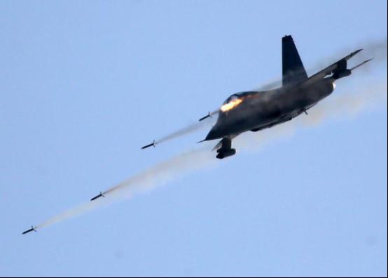 空軍發言人:練兵備戰,軍事新聞輿論戰線這麼幹!